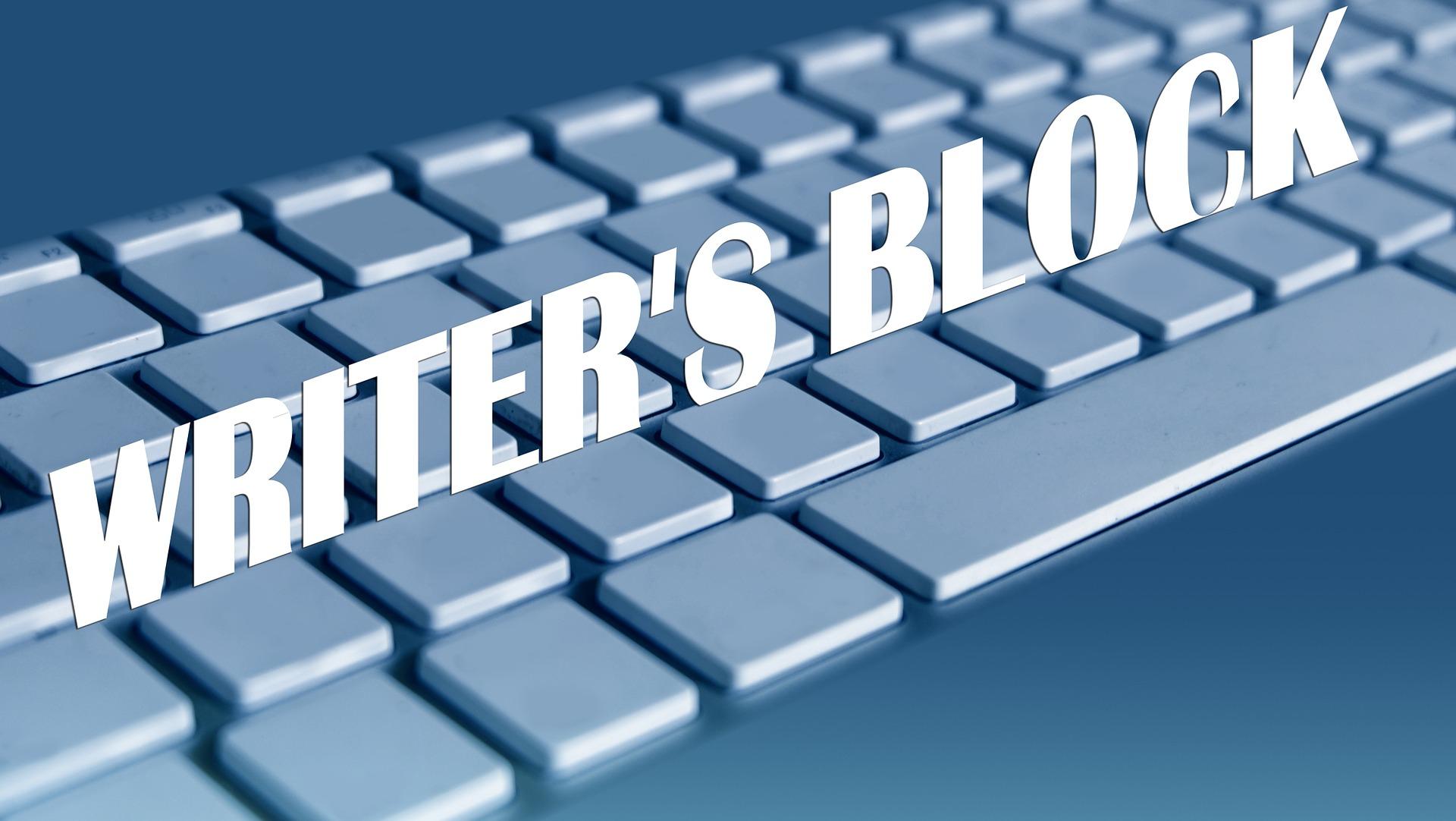 WRITERS BLOCK eyboard-909156_1920